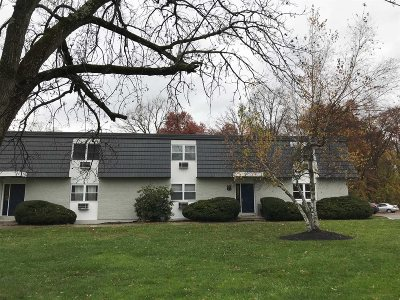 Wappinger Condo/Townhouse For Sale: White Gate Rd #9P