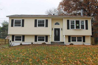 Poughkeepsie Twp Single Family Home Price Change: 26 S Gate Dr