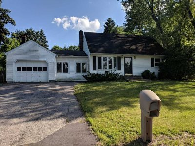 Poughkeepsie Twp Single Family Home For Sale: 22 Marwood Dr