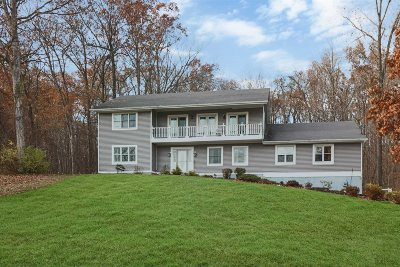 Dutchess County Single Family Home For Sale: 16 Mockingbird Court