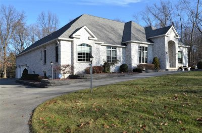Single Family Home For Sale: 47 Marie Ct