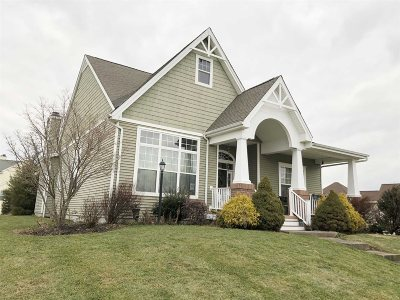 East Fishkill Single Family Home For Sale: 21 Four Corners Blvd