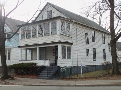 Poughkeepsie City Multi Family Home For Sale: 18 Manitou Ave