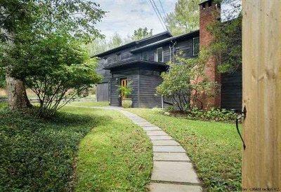 Woodstock NY Single Family Home For Sale: $835,000
