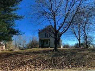 Rental For Rent: 284 South Quaker Ln
