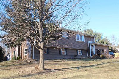 Clinton Single Family Home For Sale: 75 N Creek Road