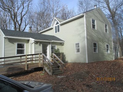 Columbia County Single Family Home For Sale: 837 Jackson Corners Rd