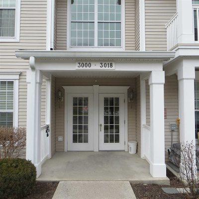 Fishkill Condo/Townhouse For Sale: 3014 Bennington Dr
