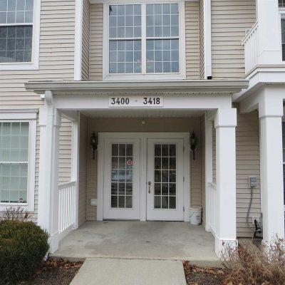 Fishkill Condo/Townhouse For Sale: 3418 Bennington Dr