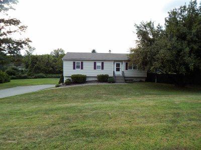 Southeast Single Family Home For Sale: 5 Farmstead Lane