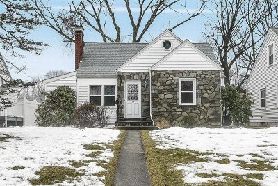 Poughkeepsie City Single Family Home For Sale: 46 Mitchell Ave