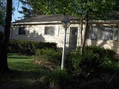 Single Family Home For Sale: 4 Tuscarora Dr