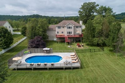 Pawling Single Family Home For Sale: 100 Old Pawling Rd
