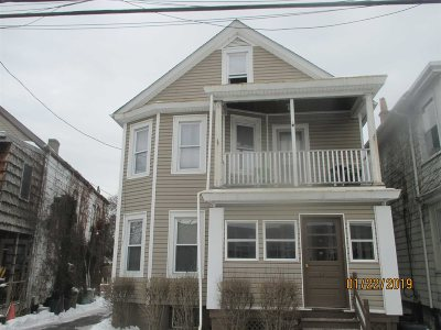 Poughkeepsie City Multi Family Home For Sale: 14 Reade Pl