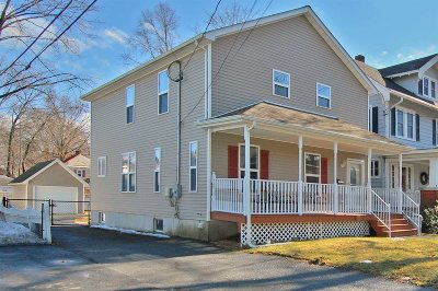 Poughkeepsie City Single Family Home For Sale: 1 Parkwood Blvd