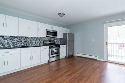 Poughkeepsie Twp Condo/Townhouse For Sale: 2740 South Rd G12