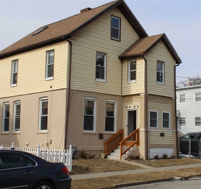 Poughkeepsie City Single Family Home For Sale: 1 Bement Ave