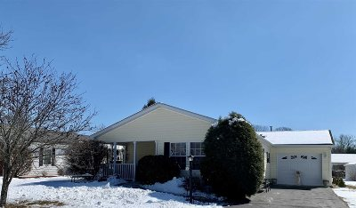 Poughkeepsie Twp Single Family Home For Sale: 14 Vista Lane