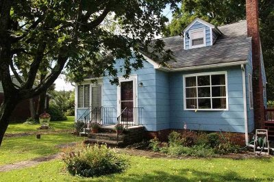 Esopus Single Family Home For Sale: 65 Main St