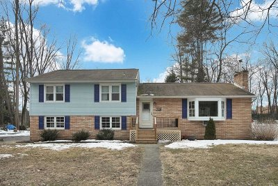 Poughkeepsie Twp Single Family Home For Sale: 32 Monroe Dr