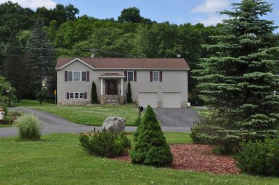Saugerties Single Family Home For Sale: 24 Poplar Ct.