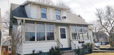 Poughkeepsie Twp Single Family Home For Sale: 96 N Grand Ave