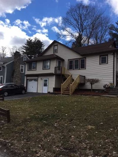 Poughkeepsie Twp Single Family Home For Sale: 31 Titus Rd