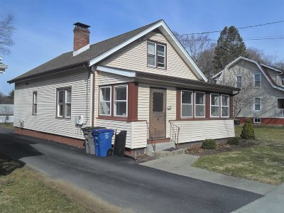 Poughkeepsie Twp Single Family Home For Sale: 67 Oakdale Ave