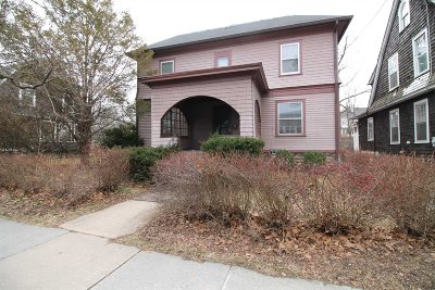 Poughkeepsie City Single Family Home For Sale: 47 Corlies Ave
