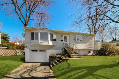 Beacon Single Family Home For Sale: 10 Pearse Pl
