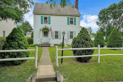 Poughkeepsie City Single Family Home For Sale: 190 S Grand Ave