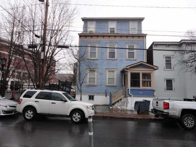Poughkeepsie City Multi Family Home For Sale: 15 S Perry St