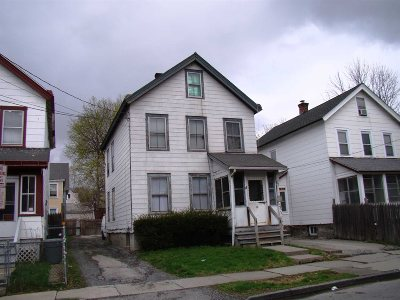 Poughkeepsie City Single Family Home For Sale: 26 S White St