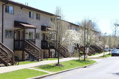 Poughkeepsie Twp Condo/Townhouse For Sale: 26 Cooper #712