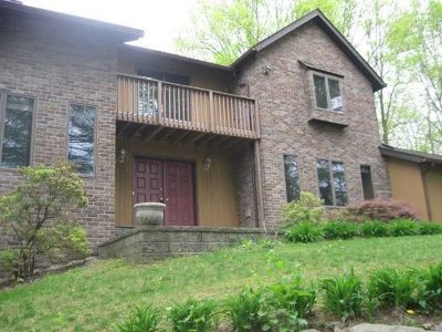 Rhinebeck Single Family Home For Sale: 3 Libera Ct