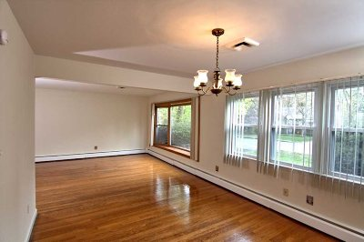 Poughkeepsie City Single Family Home For Sale: 27 Beechwood Ter