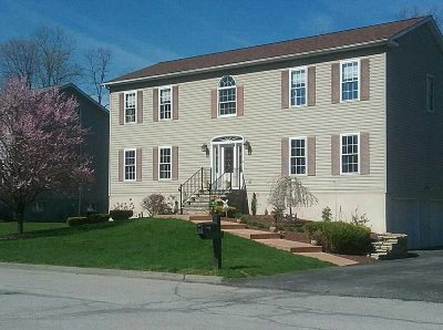 Poughkeepsie Twp Single Family Home For Sale: 9 Marie Ct