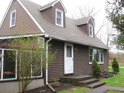 Wappinger Single Family Home For Sale: 2 Hamilton Rd