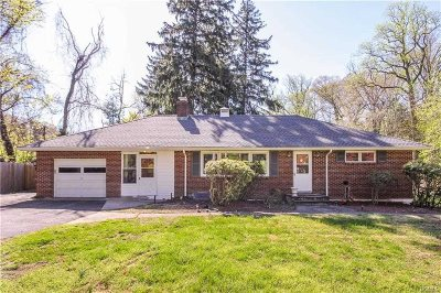 Westchester County Single Family Home For Sale: 26 Montrose Point Rd