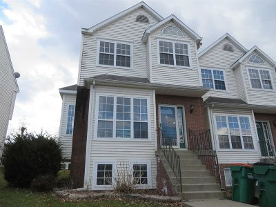 Beacon Condo/Townhouse For Sale: 347 Verplanck Ave