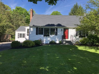 Poughkeepsie Twp Single Family Home For Sale: 27 Kinry Rd