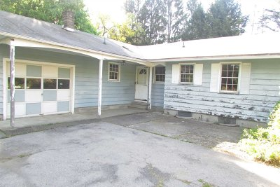 East Fishkill Single Family Home For Sale: 10 Orchard Ln