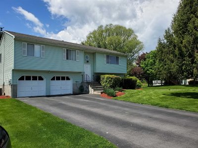 Poughkeepsie Twp Single Family Home For Sale: 6 Eugene Ct