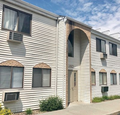 Wappinger Condo/Townhouse For Sale: 24 Scarborough Ln #D