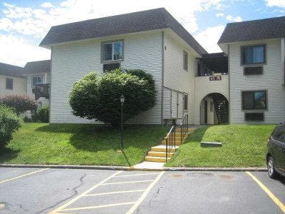 Dutchess County Rental For Rent: 16 Club House Dr #2C