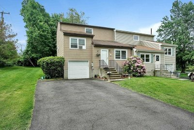 Wappinger Condo/Townhouse For Sale: 1 Hamlet Ct