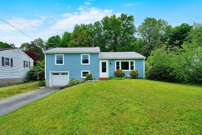 Poughkeepsie Twp Single Family Home For Sale: 37 Claudia Lane