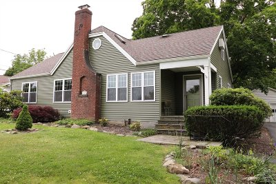 Poughkeepsie Twp Single Family Home For Sale: 18 Mountain View Rd
