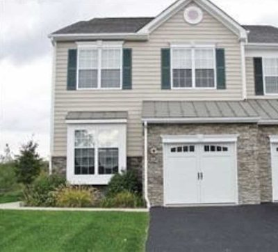 Dutchess County Rental For Rent: 916 Huntington Dr