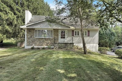 Poughkeepsie Twp Single Family Home For Sale: 22 Brooklands Farm Rd.